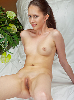 Margo is a flawless beauty with a dancers body and she looks amazing in the nude