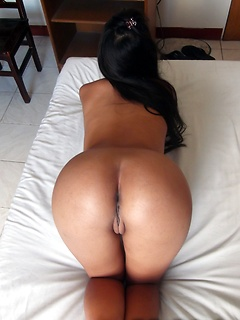 White cock dumps a creampie into the amateur pussy of the cute Filipina girl