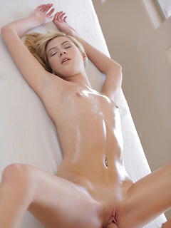 Fabulous blondie Chloe Brooke receives a sensual massage and a proper pounding